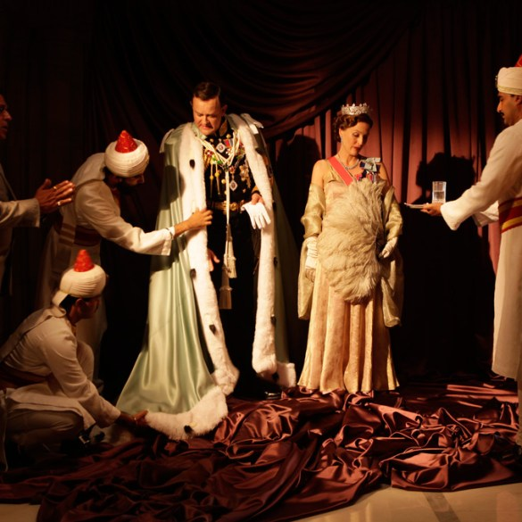 """Hugh Bonneville and Gillian Anderson in """"Viceroy's House"""""""