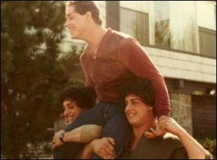"""Bobby Shafran, David Kellman and Eddy Galland in """"Three Identical Strangers"""""""