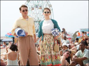 """Emory Cohen and Saoirse Ronan in """"Brooklyn"""""""