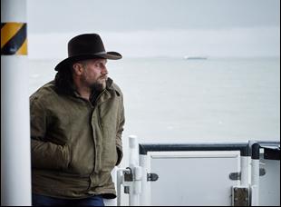 """François Damiens in """"Les Cowboys"""""""