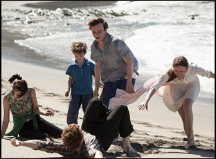 """Mia Goth, Charlie Heaton and Matthew Stagg and George Mackay in """"Marrowbone"""""""