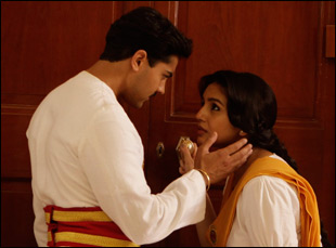 "Huma Qureshi and Manish Dayal in ""Viceroy's House"""