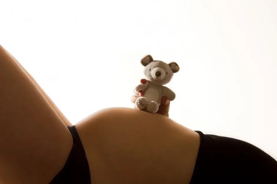 Zwangerschapsmassage en massage voor zwangeren in Uithoorn, Amstelveen, Mijdrecht, Amsterdam bij Move in Freedom Uithoorn