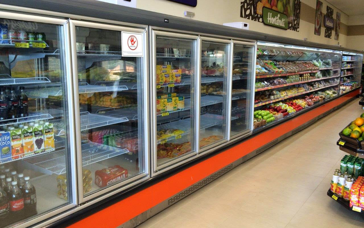 montagem-de-balcoes-refrigerados