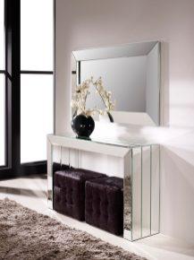 Consola espelhada. Peças de mobiliário que transformam os ambientes.