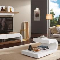 Móvel TV em nogueira e lacado branco. Personalizamos os acabamentos e as dimensões.