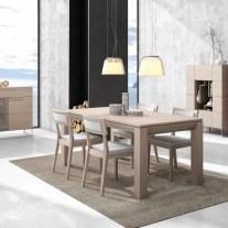 Sala de jantar onde pode personalizar os acabamentos. Consulte-nos para encontrar a melhor solução para o seu espaço!