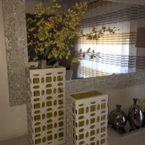 Visite-nos e conheça a nossa colecção de Jarras Decorativas.