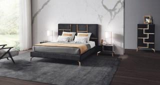 Quarto de Casal com aplicações em metal cor dourado. Cama estofada em tecido. Transforme o seu quarto num Quarto de Sonho!