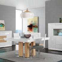Mobiliário em lacado alto brilho branco e carvalho natural. Sala de jantar onde pode personalizar os acabamentos. Consulte-nos para encontrar a melhor solução para o seu espaço!
