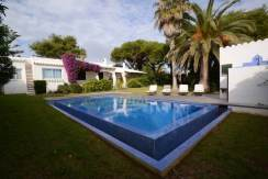 Villa for sale in San Luis Menorca