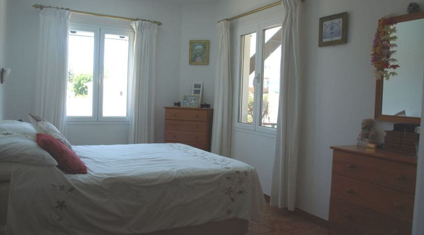 Upper Floor Bedroom 1