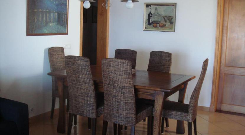 apartment-dining-area