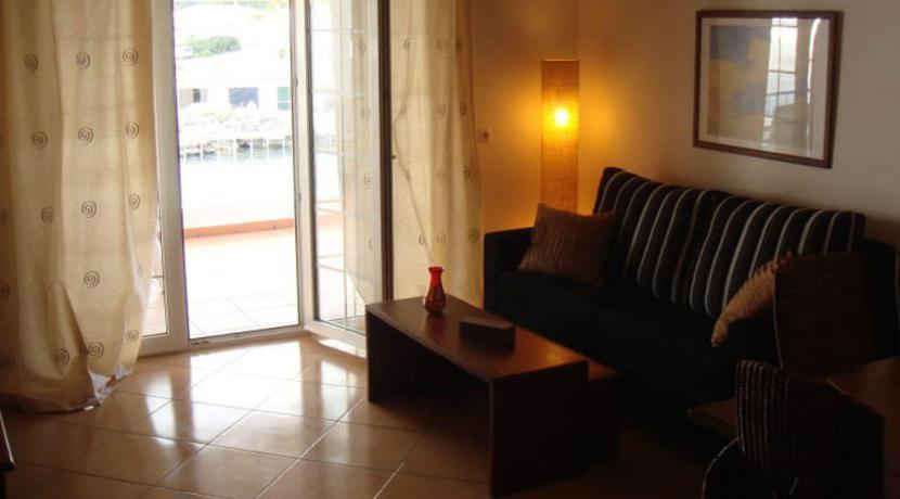 apartment-lounge