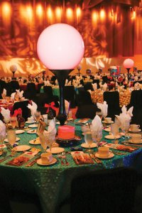 Highly-successful-10-Table-Decor-2