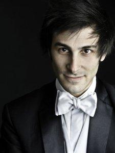 Isaac Selya