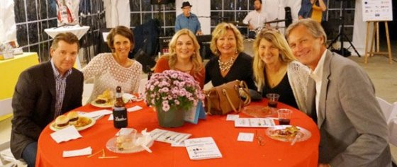 Chip and Jane Gerhardt, Heidi Ferneding, Terri Hogan of presenting sponsor Contemporary Cabinetry East, Jami Edelheit and Chris Lah