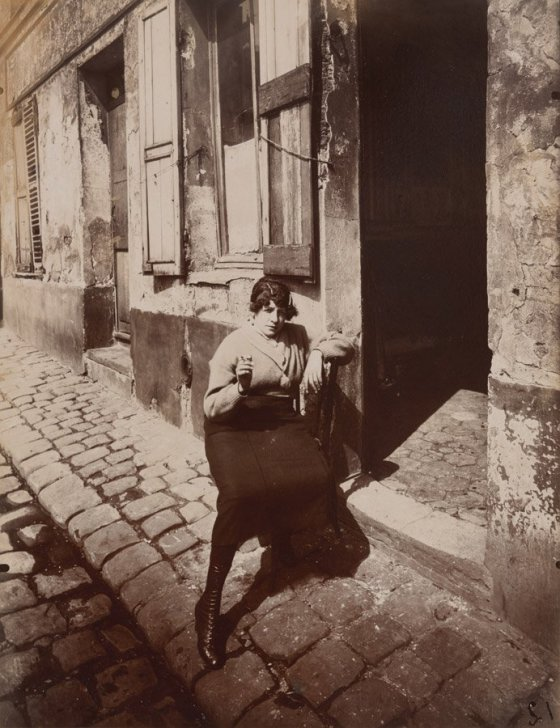 "Eugène Atget, ""Rue Asselin,"" 1921, courtesy of the Philadelphia Museum of Art"