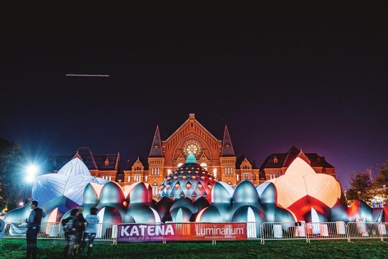 """Katena"" luminarium during BLINK 2017, by Architects of Air"