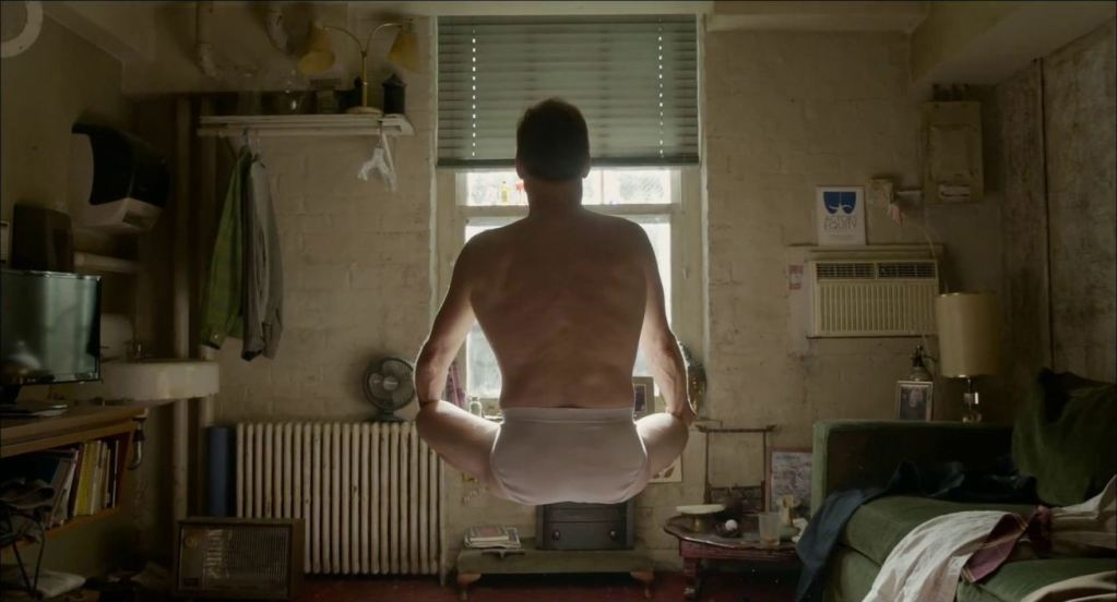 http://imageserver.moviepilot.com/birdman-movie-wallpaper-12-new-york-film-festival-2014-birdman-movie-review.jpeg?width=1306&height=705