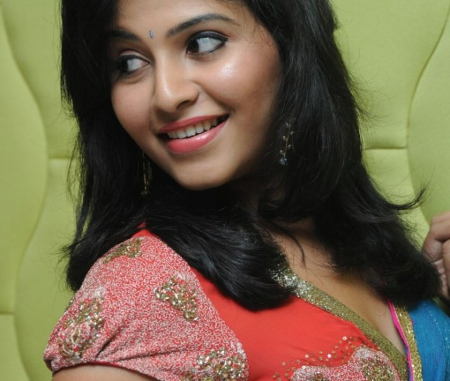 Sexy Indian Bollywood Actress Telugu Movies Actress Namitha Stills Photos Gallery Photo Gallery From South Indian Movies Telugu Movies Actress Namitha