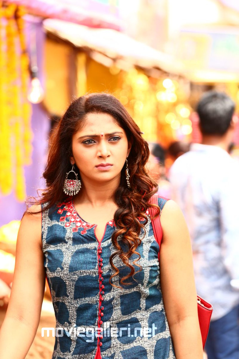 natasha doshi as heroine in nbk102   new movie posters