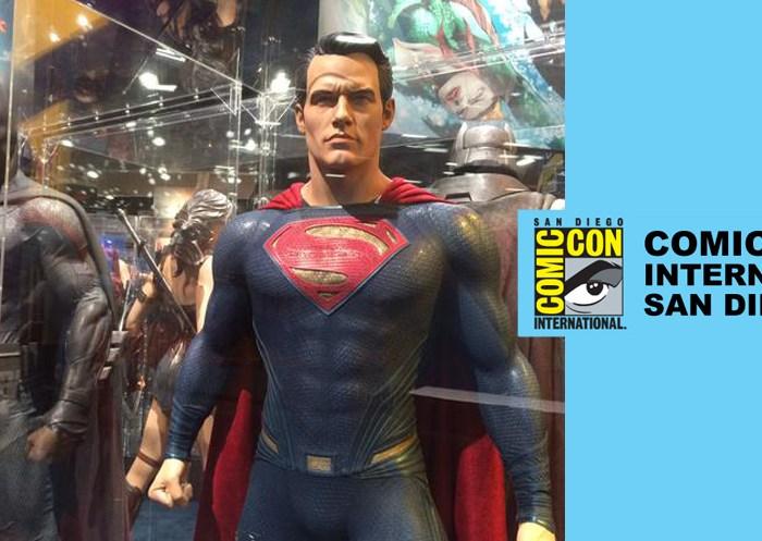 COMIC CON 2015 | Batman v Superman Display Gallery