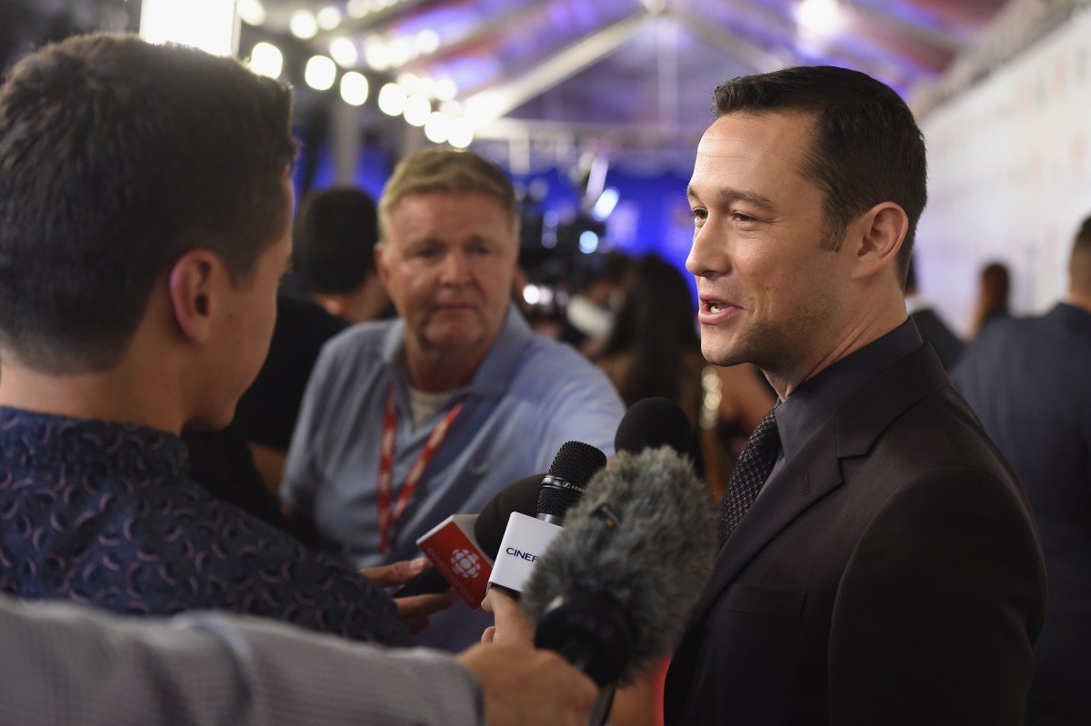 """TORONTO, ON - SEPTEMBER 09:  Actor Joseph Gordon-Levitt attends the """"Snowden"""" premiere during the 2016 Toronto International Film Festival at Roy Thomson Hall on September 9, 2016 in Toronto, Canada.  (Photo by Kevin Winter/Getty Images)"""