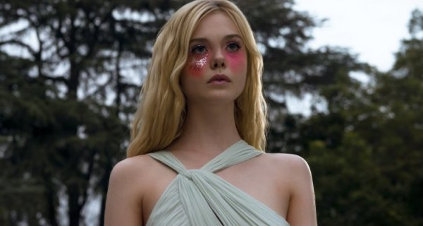 Elle Fanning protagonista del film All The Bright Places ...