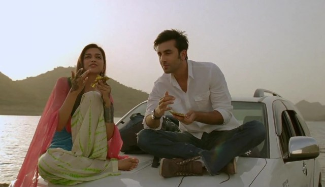 Choose_your_world_-_Dialogue_Promo_3_-_Yeh_Jawaani_Hai_Deewani_Ranbir_Kapoor_Deepika_Padukone[01-14-40]