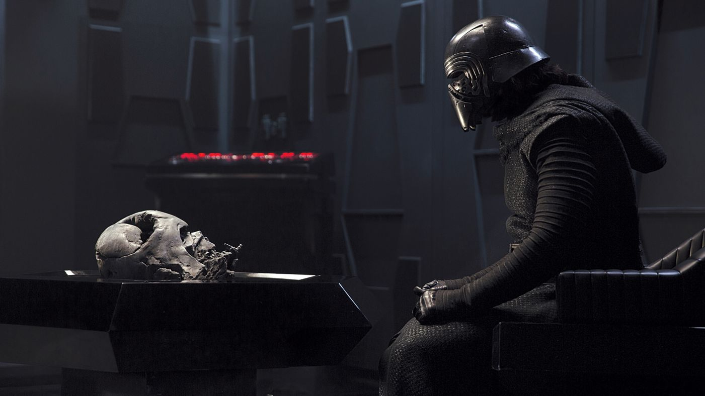 Kylo Ren con la maschera di Vader