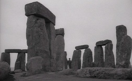 Night-of-the-Demon-1957-Stonehenge