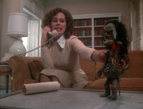 Trilogy-of-Terror-1975-Karen-Black-pic-8