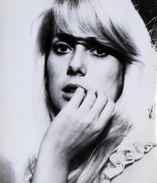 Catherine Deneuve Repulsion 1965