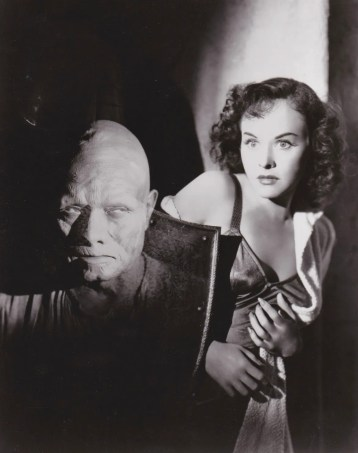 paulette goddard cat and the canary 1939