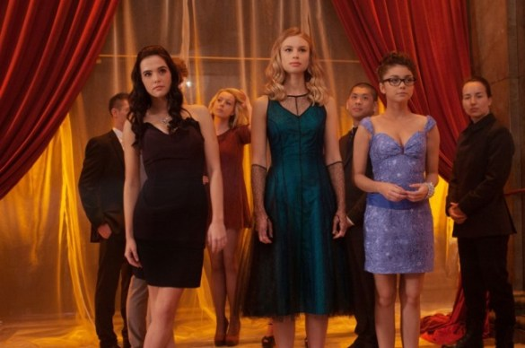 Zoey-Deutch-Lucy-Fry-and-Sarah-Hyland-in-Vampire-Academy-Blood-Sisters-2014-Movie-Image-650x432