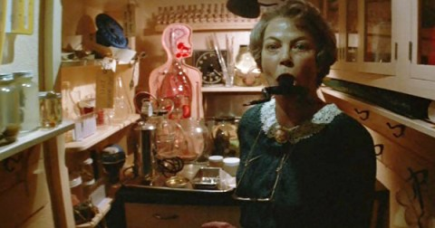 invaders-from-mars-louise-fletcher-teacher-eats-frog