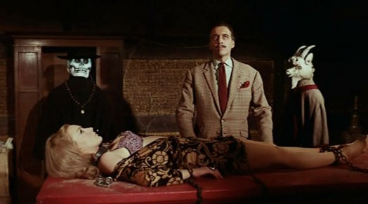 Curse of the Crimson Altar Christopher Lee