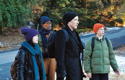 Cell-2015-John-Cusack-Isabelle-Fuhrman-Samuel-L-Jackson-Stephen-King