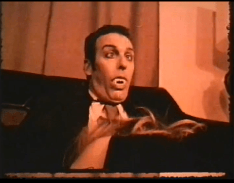 Suckula-vampire-being-fellated-1973