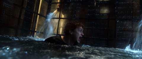 Escape-Room-Tournament-of-Champions-movie-film-action-horror-2021-Logan-Miller