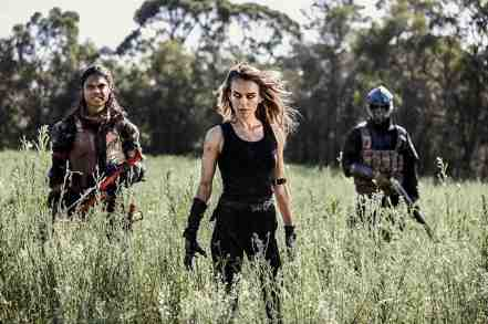 Wyrmwood-Apocalypse-movie-film-post-apocalyptic-sci-fi-action-horror-Australian-2022-zombie
