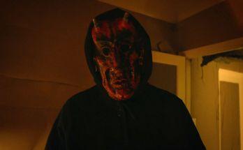 Eye-Without-a-Face-movie-film-horror-thriller-webcam-serial-killer-2021