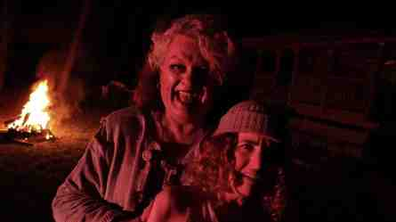 The-Theatre-of-Terror-movie-film-horror-anthology-2019-review-reviews-burning