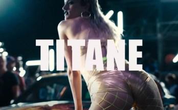 Titane-movie-film-thriller-2021-review-reviews