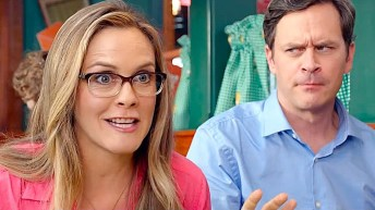 alicia silverstone and tom everett scott in DIARY OF A WIMPY KID THE LONG HAUL