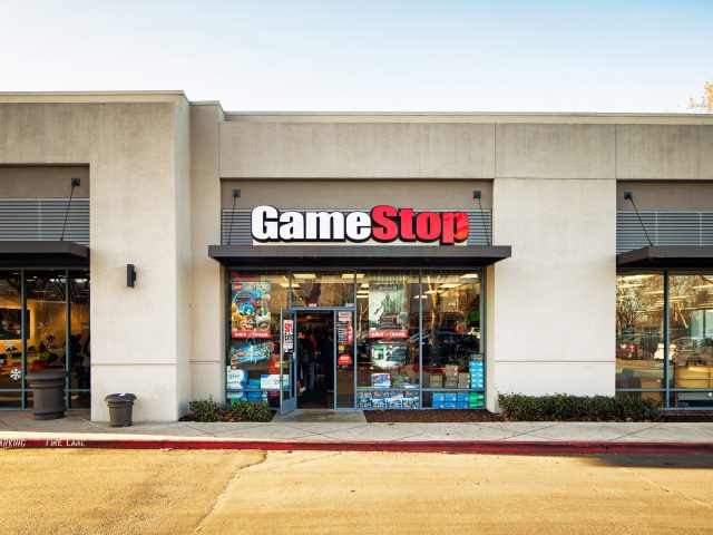 gamestop open door