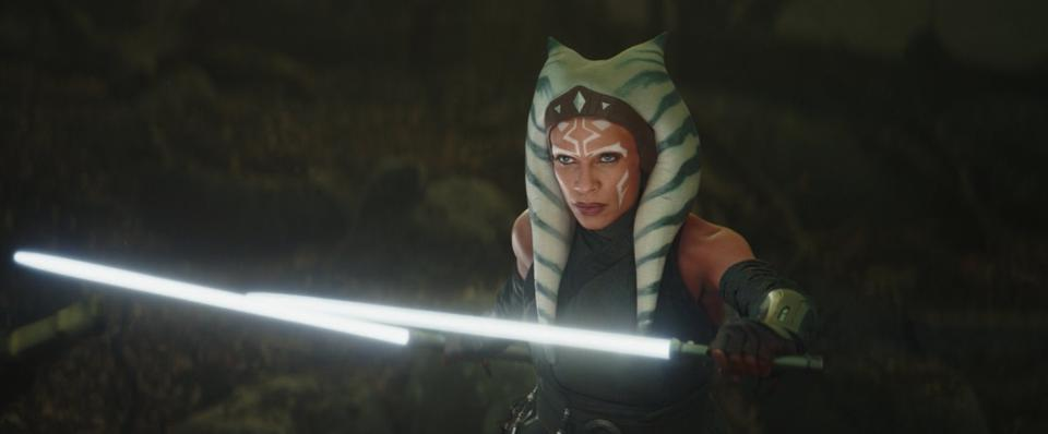 "Review | The Mandalorian S2, Dave Filoni's ""The Jedi"" Sets a New Standard with Ahsoka Tano"