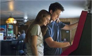 Miles Teller et Shailene Woodley, jeunes à jamais.