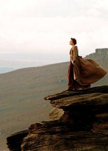 Quel meilleur endroits pour ruminer ses pensées que le sommet d'une falaise ?